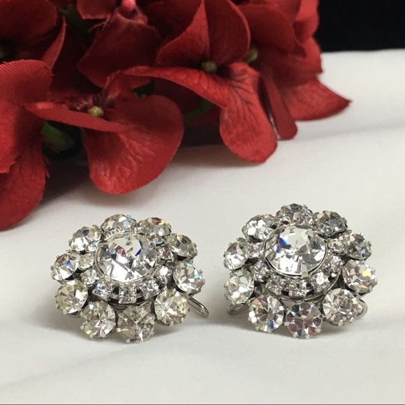 Vintage Jewelry - Vintage Silver Tone Rhinestone Earrings